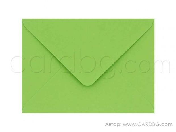 Цветен пощенски плик цвят тревисто зелен, размер 13х18 см