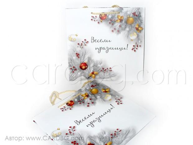 Хартиена торбичка за подаръци среден квадрат 25х24х10 см