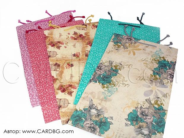10 броя торбички за подарък с флорални мотиви а4
