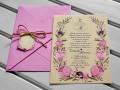 Сватбена покана в бежово с розови цветя и плик в розово с канапена панделка и картонче за надписване