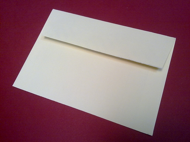 Луксозен пощенски плик, хартия рипс с лента