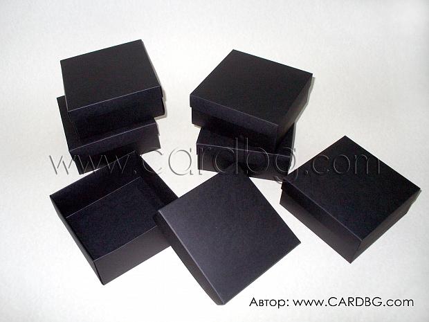 Квадратни черни кутии 12x12x5см.  25 броя в пакет