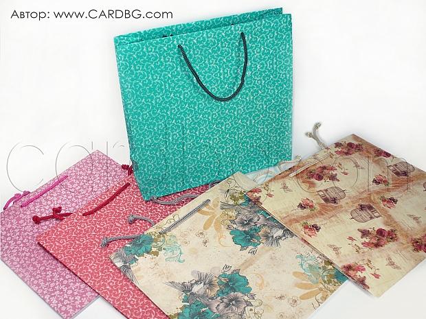 10 броя торбички с флорални мотиви среден квадрат р-р 24/25 см.