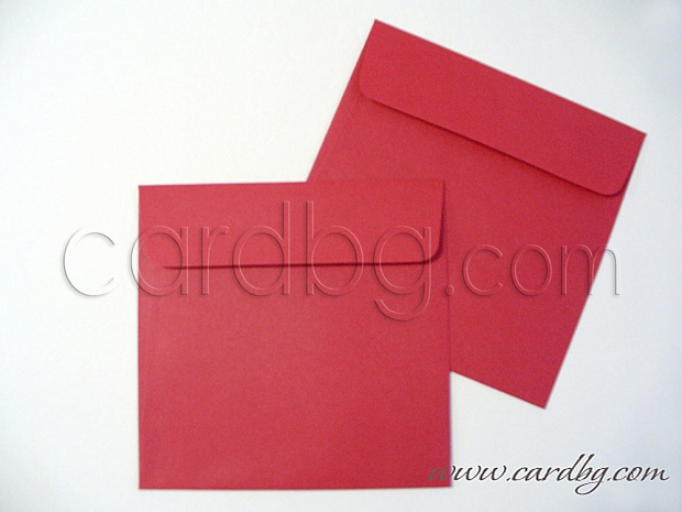 Червен квадратен пощенски плик с капак без лепило