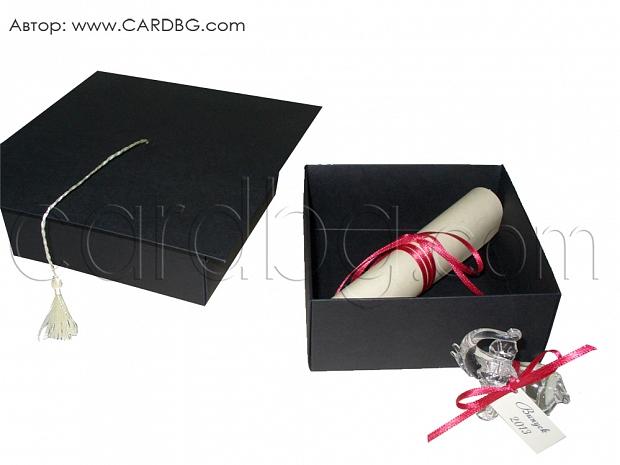 Покана свитък в кутия със стъклен подарък