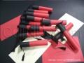Покана за бал, абитуриенти, абсолвенти в червено и черно