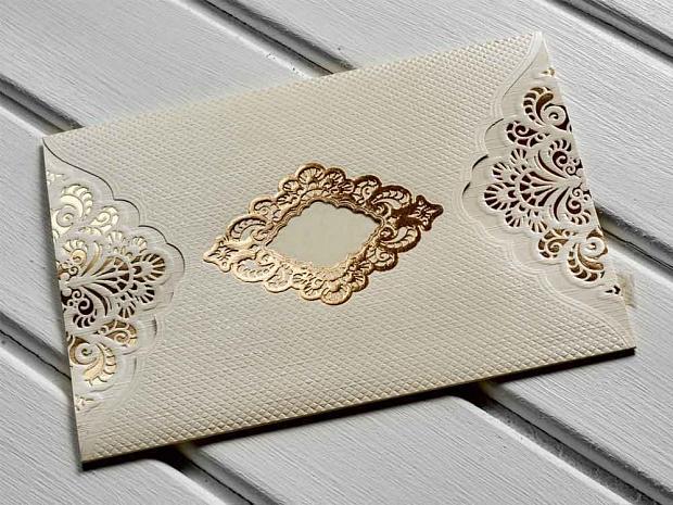 Луксозна картичка з слонова кост и златно № 10431