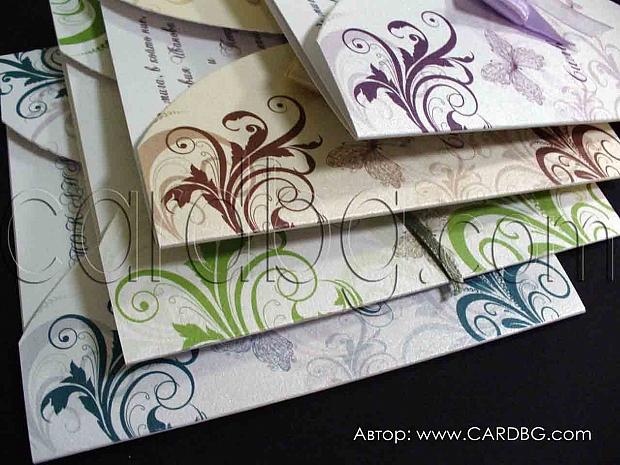 Цветни перлени покани с панделка в различни цветове