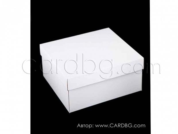 Кутия с подвижен капак бяла 37х29х12 см