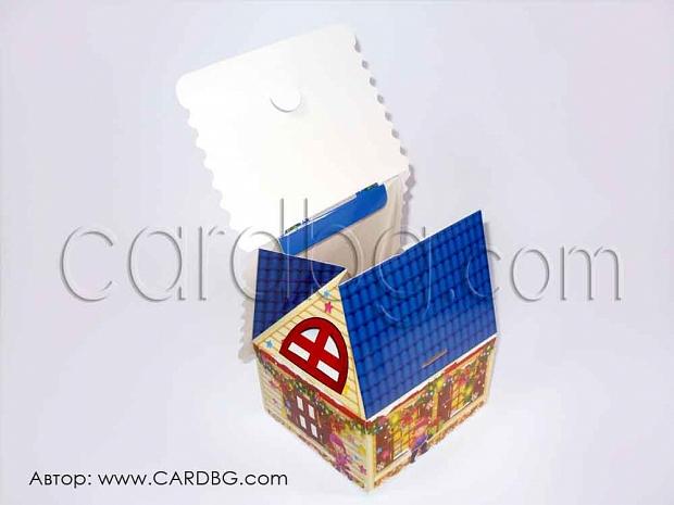 Голяма коледна кутия къщичка чанта  16х14,5х16 см