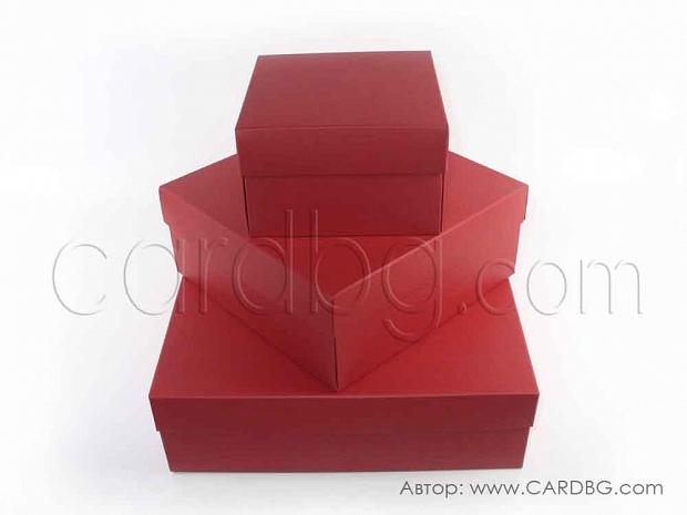 Квадратни сгъваеми кутии в 3 размера в червено BU