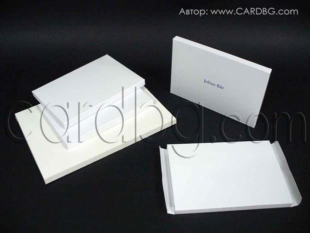 Кутия - папка формат A6 15х10,5х1 см с печат и голяма 20,8х15х1 см