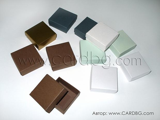 Кутии за бижута, сувенири, подаръци размер 7/7/3 см