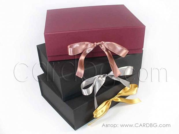 Твърди сглобяеми кутии 24х19х7,5 см. код: HCB01 d