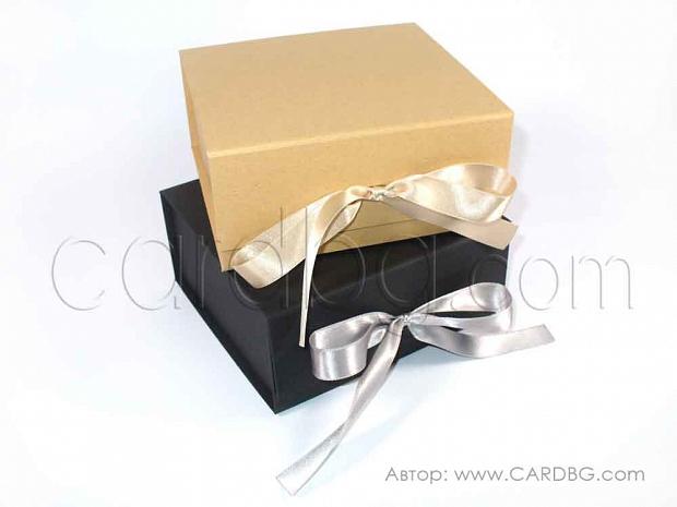 Твърди сглобеми кутии 16х16х7,5 см. код: HCB sq 01