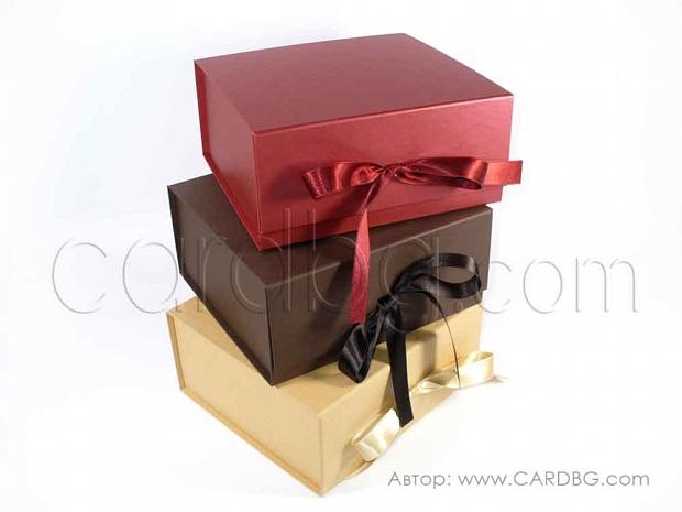 Твърди сглобяеми кутии 19х19х9 см код: HCB sq 02